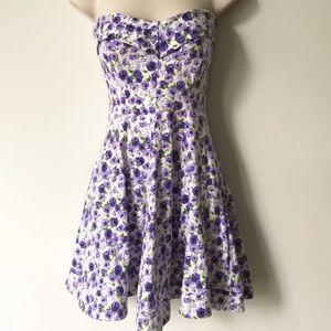 Betsy Johnson dress large flowers strapless